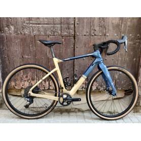 Bicicleta gravel Bianchi Arcadex GRX810 talla M - RESERVADA -